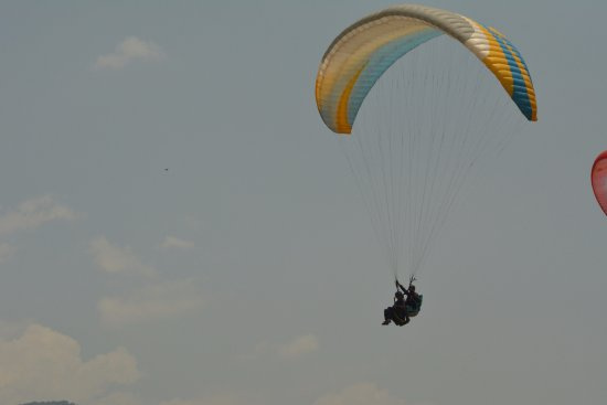 Adventure Billing Paragliding: In the sky....