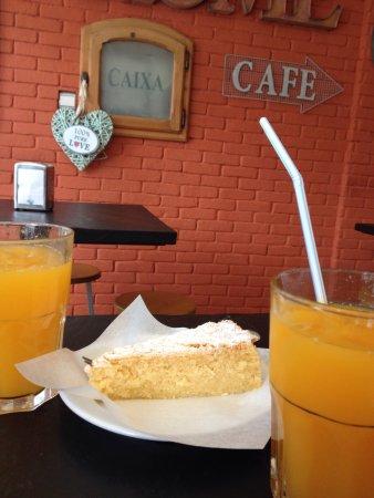 Pao, Cafe E Companhia