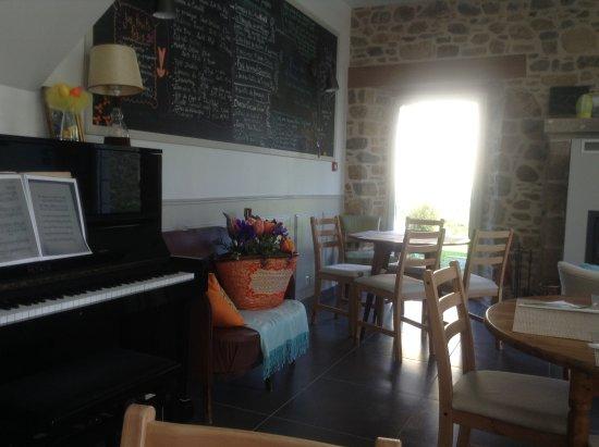 Plougrescant, Frankrig: La Maison Bleue