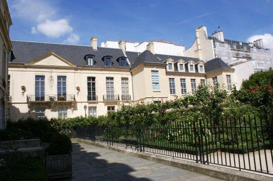 Square Saint-Gilles Grand Veneur - Pauline-Roland