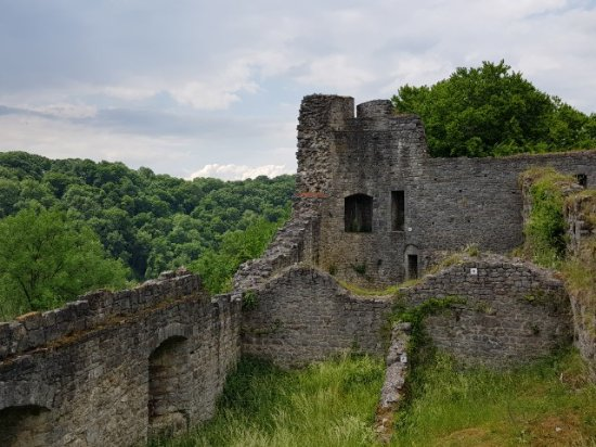Logne Castle: 20170604_152436~01_large.jpg