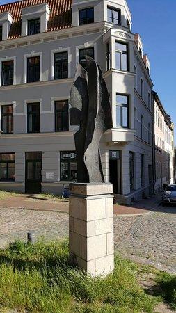 "Skulptur ""Flügel"""