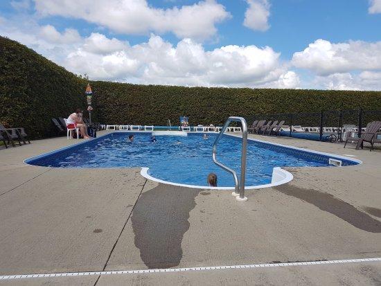 Camping de compton canada voir les tarifs et avis for Camping a quebec avec piscine