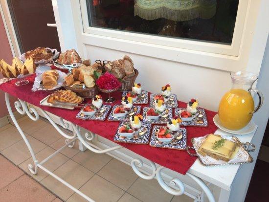 La Grange à Elise : Delicates attentions du petit déjeuner !