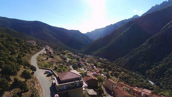 Asco, Francia: E cime par drone.
