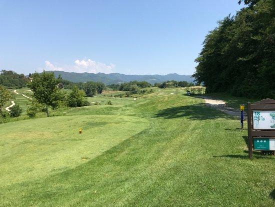 Vicchio, إيطاليا: Golfanlage Poggio dei Medici, buca 18