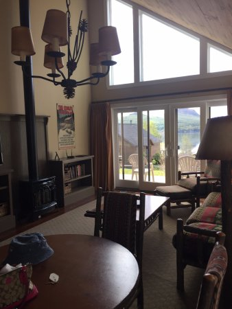 Westmore, VT: living room