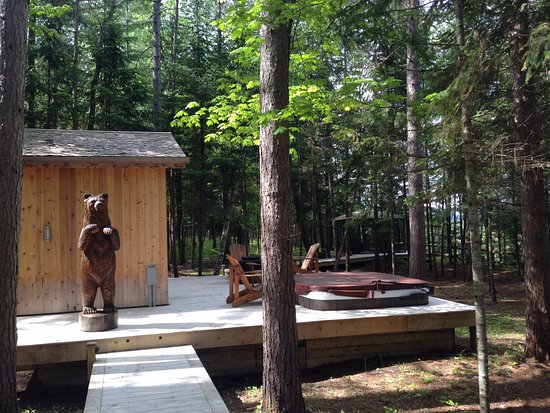 La Conception, Canada: Sauna & hot tub