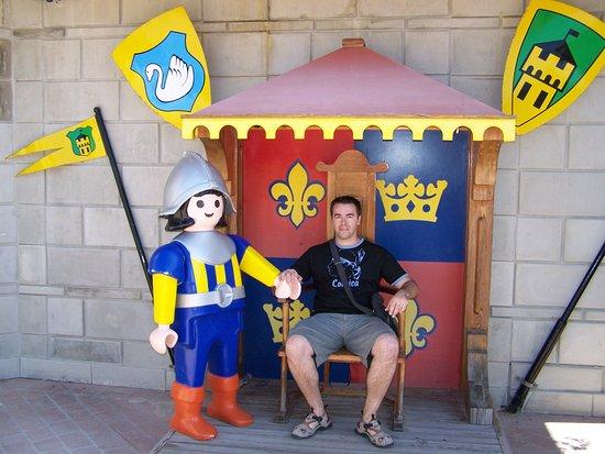 Hal Far, Malta: le roi playmo
