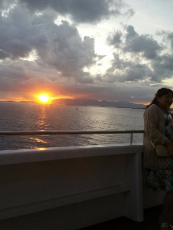 Star of Honolulu - Dinner and Whale Watch Cruises: beautiful sunset from the ship