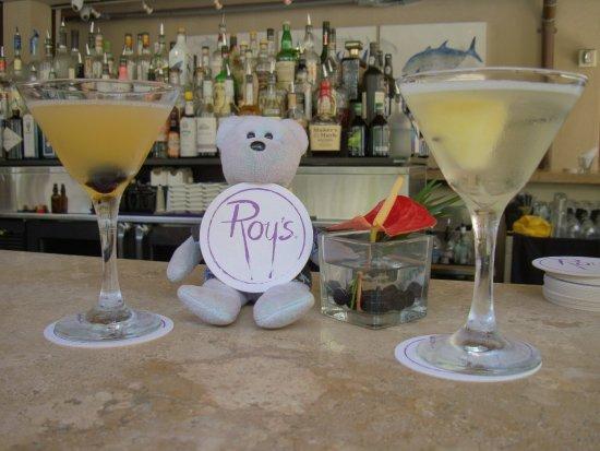 Roy's Waikiki Beach: Martinis at Roy's!