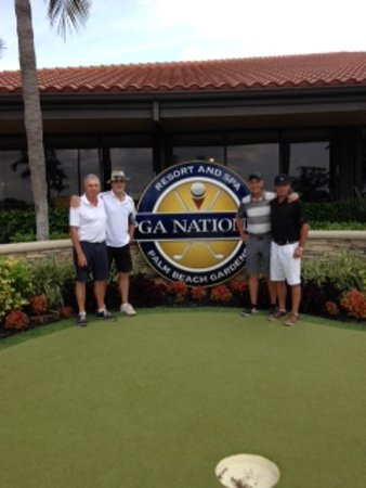 PGA National Resort & Spa: Pro shop on the Back and PGA National sign