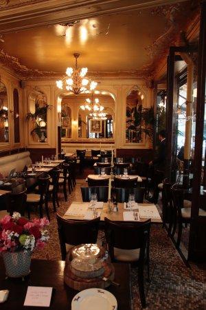 Inside the art deco restaurant - Picture of Le Square Trousseau ...