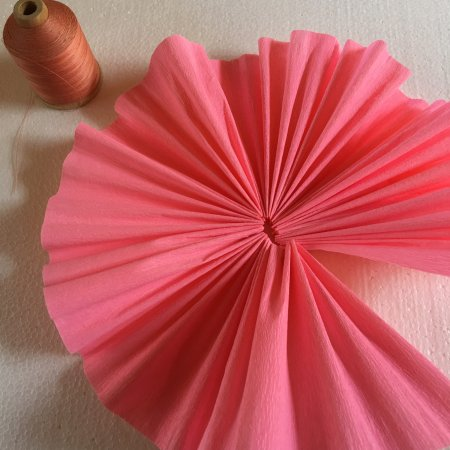 Solvang, Kalifornien: Beautiful crepe paper to make your own bouquet.