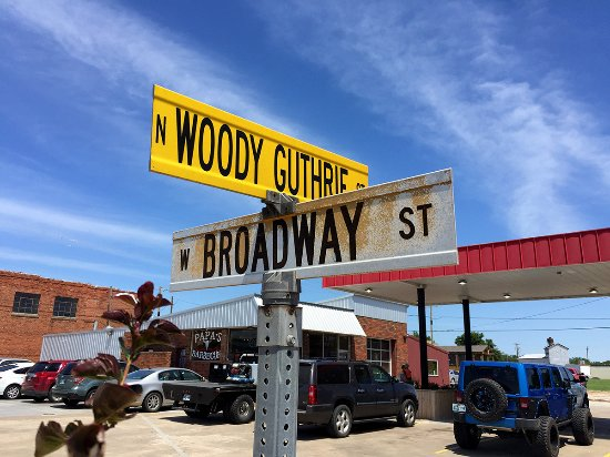 A main road honors Okemah's most famous resident. Papa's is a mainstay on Woody Guthrie St.