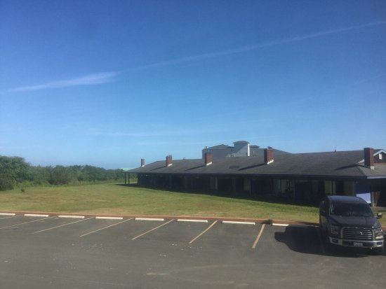 Ocean Shores, WA: Parking lot view.
