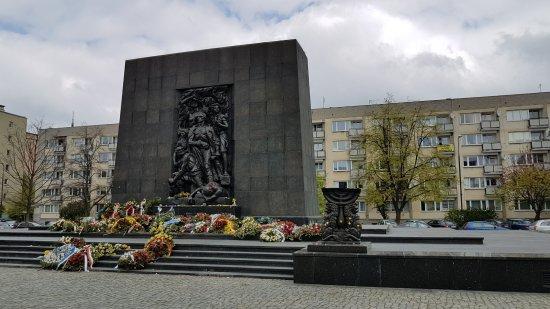 Jewish Ghetto Memorial, Warschau