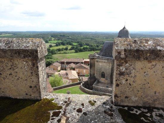 Бирон, Франция: vue 03 sur village