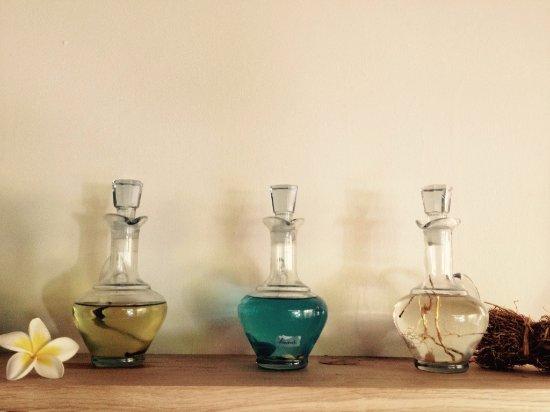 Saint-Pierre, Reunión: Choix des huiles de massage (tonifiante, apaisante ou relaxante)