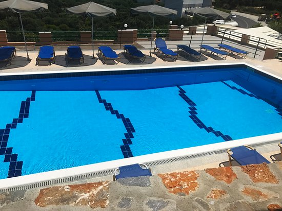 Kalo Chorio, กรีซ: Our pool after the renovation .Summer 2017