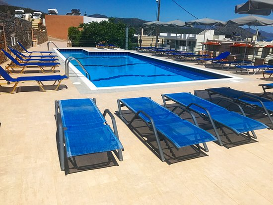 Kalo Chorio, Greece: Our pool after the renovation .Summer 2017