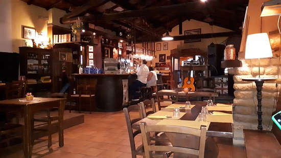 Bassano Romano, Italy: sala principale