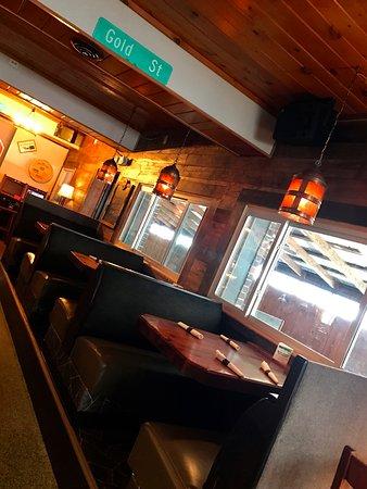 Green Lake, WI: Bar Area