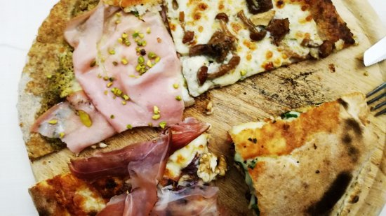 La Perla: Ci siamo inventati un mini giro pizza per 4 persone