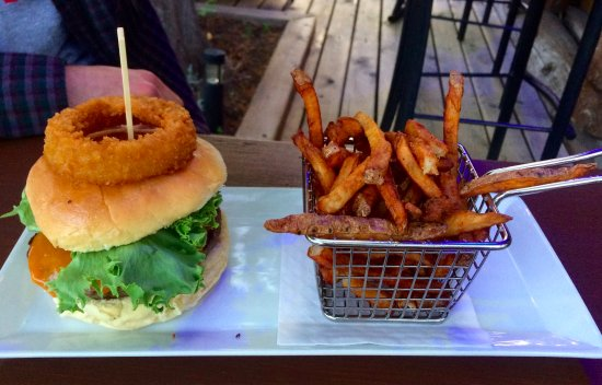 The Wolf's Den: Burger with fries