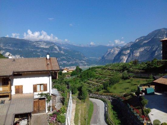 veduta della val d'Adige da Faedo