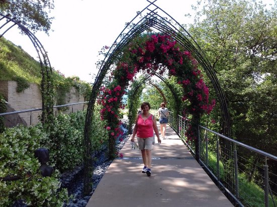 Faedo, Italia: giardini della Sissi - castel Trauttmansdorff