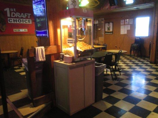 Coon Rapids, MN: Free Popcorn