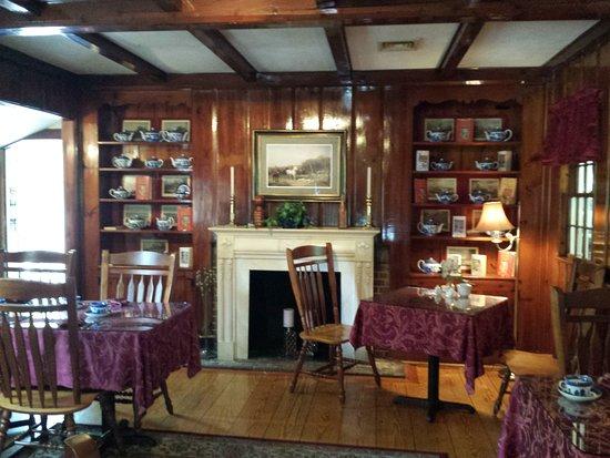 Dunbar House Restaurant Tea Room Sandwich Ma