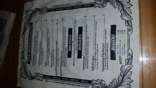 Falmouth, KY: Pulled pork, menu, outside, inside & sauces