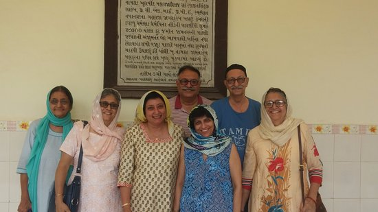 Parsi Agyari: Family Members after Jasan