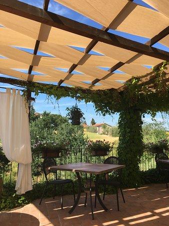 Montespertoli, Italia: esterno ristorante