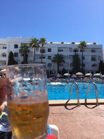 Sol Cala d'Or Apartamentos: Barservering i poolområdet