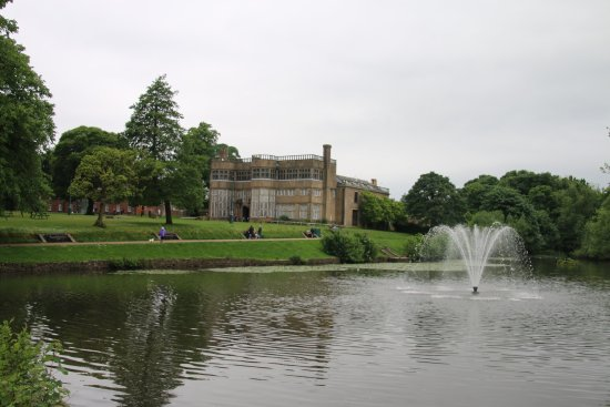 Astley Hall: photo0.jpg
