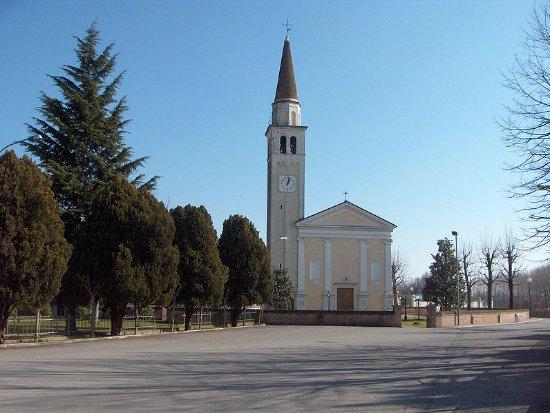 Roncade, Italia: Chiesa di S. Giovanni Battista, Biancade.