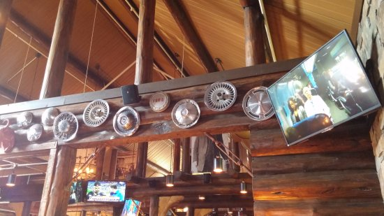 Clive's Roadhouse: Great decor!
