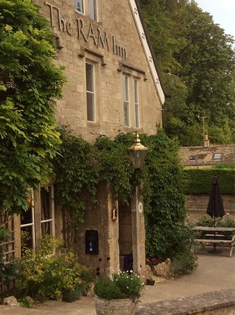 Chalford, UK: The Ram Inn