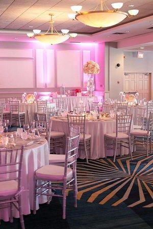 Fontana, WI: Harbor Ballroom