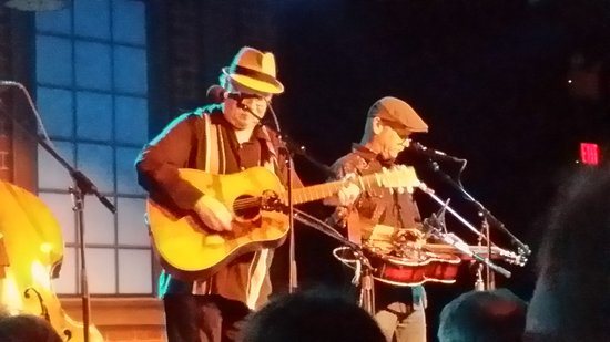 The Birchmere: Wonderful singer, Dudley, and great dobro player (and singer), Fred.