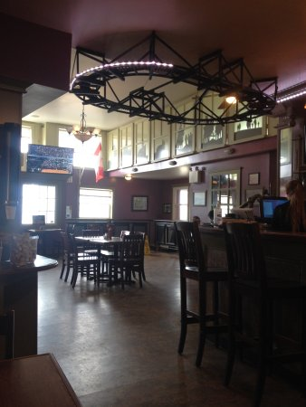 Coal Miners Cafe: Inside the cafe on a sunny day.