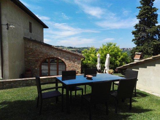 Montespertoli, Italy: IMG_20170602_111917_large.jpg