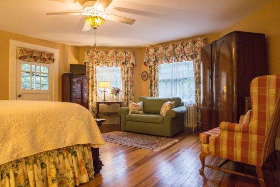 Pinecrest Bed And Breakfast Asheville Tripadvisor