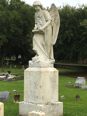 Historic Natchez Cemetery: photo1.jpg