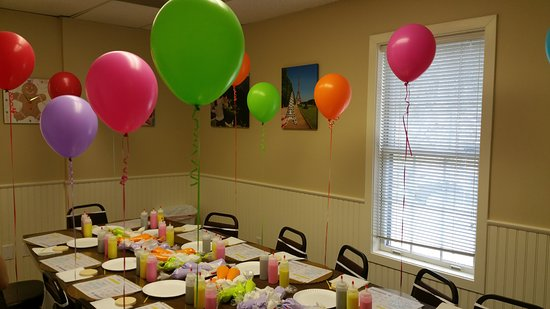 Wilton, CT: Birthday Parties at The Painted Cookie