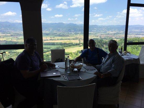 Citerna, Itália: Es mas que agradable su situación y panorama