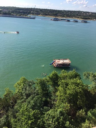 Lakeway Resort and Spa : View of a party barge from our 6th floor balcony
